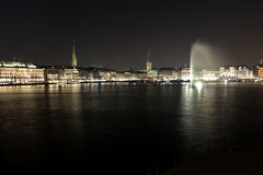 Alster with Town Hall and Fountain Royalty Free Stock Photography