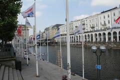 Alsterarkaden Amburgo Fotografie Stock Libere da Diritti