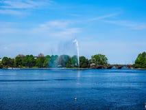 Alsterfontaene (阿尔斯坦喷泉)在Binnenalster (内在Alster湖)汉堡hdr的 库存图片