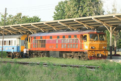 Alsthom Locomotive No4407 For Train No14. CHIANG MAI , THAILAND - OCTOBER 19 2007:  Alsthom Locomotive No4407 For Train No14. Train to Bangkok From Chiangmai Stock Images