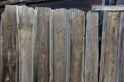Alt, hölzerne Wand des Schmutzes benutzt als Hintergrund lizenzfreie stockbilder