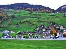 Alt St Johann in het Toggenburg-gebied en in de Thur-Riviervallei royalty-vrije stock afbeeldingen