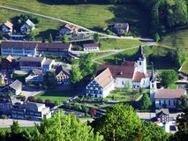 Alt St Johann in het Toggenburg-gebied en in de Thur-Riviervallei royalty-vrije stock foto's