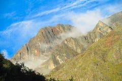 Alta через взгляд в доломитах Стоковые Изображения RF