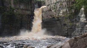 Alta cascada de la fuerza Fotografía de archivo libre de regalías