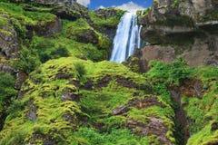 Alta cascada magnífica Imagen de archivo libre de regalías