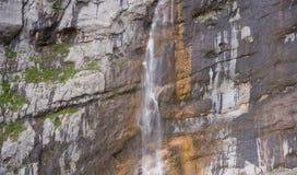 Alta cascata, Vodopadisty La montagna Fischt La Russia Caucas Fotografia Stock