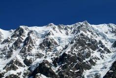 Alta catena montuosa della neve Immagini Stock