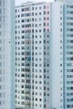 Alta construcción de viviendas de la subida Fotografía de archivo libre de regalías