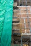 Alta costruzione in costruzione Per fondo Fotografia Stock