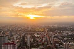 Alta costruzione dell'orizzonte di Bangkok Fotografia Stock