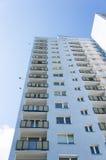 Alta costruzione di appartamento Fotografia Stock