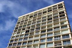 Alta costruzione di appartamento residenziale di aumento Fotografie Stock Libere da Diritti