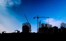 Alta costruzione di aumento che va in su Immagini Stock Libere da Diritti