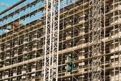 Alta costruzione di aumento che va in su Oggetto non finito di costruzione di nuovo edificio Immagine Stock Libera da Diritti