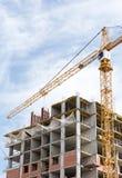 Alta costruzione di aumento in costruzione Immagini Stock Libere da Diritti
