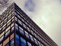 Alta costruzione moderna di storia Immagine Stock
