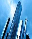 Alta costruzione moderna di vetro blu Immagini Stock Libere da Diritti