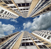 Alta costruzione residenziale moderna di aumento Immagini Stock