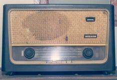 Alta fedeltà radiofonica rustica d'annata Fotografia Stock Libera da Diritti