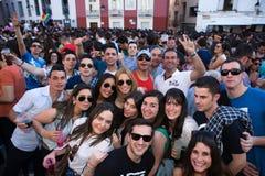Alta folla quadrata Immagine Stock