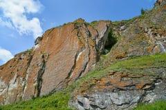 Alta formazione rocciosa scenica, punto di vista del bpttpm Immagine Stock