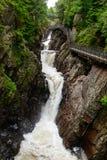 Alta garganta de las caídas, montañas de Adirondack foto de archivo libre de regalías