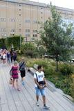 Alta línea New York City Parque peatonal elevado Imagen de archivo libre de regalías