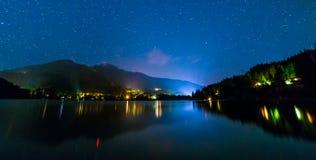 Alta Lake nel Whistler alla notte Fotografie Stock