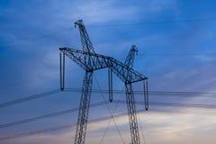 Alta linea elettrica di 750 chilovolt posta Fotografie Stock