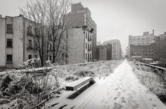 Alta linea innevata nell'inverno, Chelsea, New York Immagini Stock
