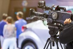 Alta macchina fotografica del cinema di definizione su un set cinematografico Fotografia Stock