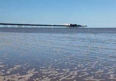 Alta marea al pilastro di Southport in Inghilterra Immagine Stock Libera da Diritti