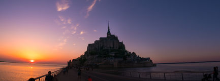 Alta marea a Mont Saint-Michel Immagini Stock