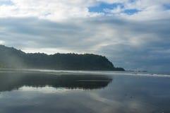 Alta marea su Jaco Fotografia Stock