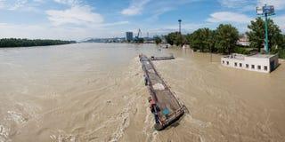 Alta marea sul Danubio in Slovacchia Immagini Stock Libere da Diritti
