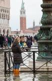Alta marea a Venezia, Italia Immagini Stock