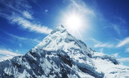 Alta montaña de las cordilleras Imagen de archivo libre de regalías
