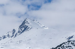 Alta montagna aguzza Immagini Stock Libere da Diritti
