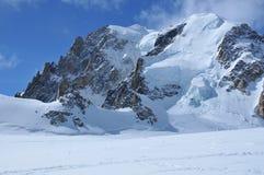 Alta montagna con la protezione del ghiacciaio Fotografia Stock Libera da Diritti