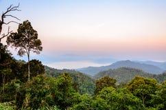 Alta montagna di mattina Immagini Stock