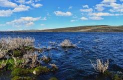 Alta montagna e lago Yibi Fotografia Stock Libera da Diritti