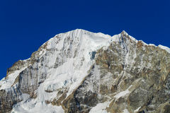 Alta montagna innevata nelle Ande Fotografia Stock Libera da Diritti