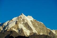 Alta montagna innevata nelle Ande Immagine Stock Libera da Diritti