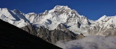 Alta montagna nella valle di Gokyo, Nepal Fotografie Stock Libere da Diritti