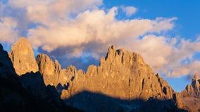Alta montagna a penombra Immagini Stock Libere da Diritti