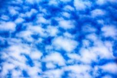 Alta nuvola, nuvole di altocumulus Immagine Stock
