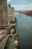 Alta opinión del río de la subida Foto de archivo libre de regalías