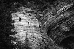 Alta parete della roccia nelle Montagne Rocciose canadesi Fotografia Stock Libera da Diritti