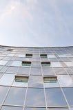 Alta parete di costruzione di vetro Fotografia Stock